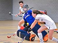 UTRECHT - Hoofdklasse Zaalhockey: Oranje Zwart tegen Rotterdam dames.Rotterdam keeper Marjolein Kooyman in aktieFOTO KOEN SUYK
