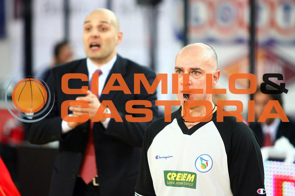 DESCRIZIONE : Associazione Italiana Arbitri Pallacanestro 17 Giornata Lega A1 2006-07 <br /> GIOCATORE : Tola<br /> SQUADRA : <br /> EVENTO : Campionato Lega A1 2006-2007 <br /> GARA : Lottomatica Roma Armani Jeans Milano<br /> DATA : 28/01/2007 <br /> CATEGORIA : <br /> SPORT : Pallacanestro <br /> AUTORE : Agenzia Ciamillo-Castoria/E.Castoria<br /> Galleria : Aiap 2006-2007 <br /> Fotonotizia : Associazione Italiana Arbitri Pallacanestro 17 Giornata Campionato Italiano Lega A1 2006-2007 <br /> Predefinita :