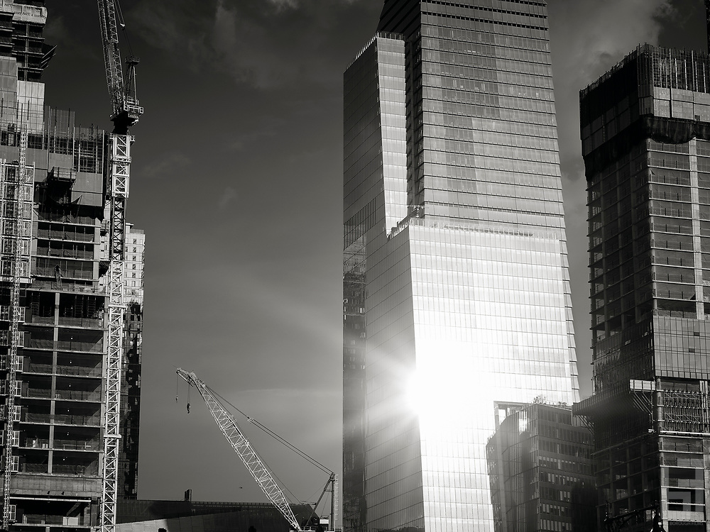 Light reflecting off of the newly completed 10 Hudson Yards, Manhattan's newest skyscraper on the West Side Developement project