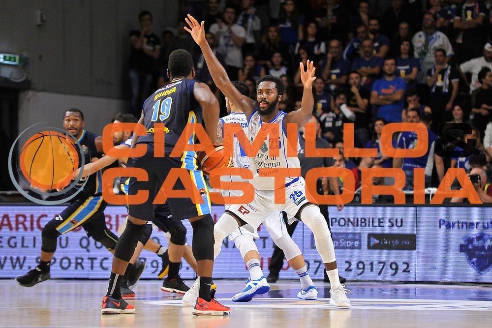 Gabriel Olaseni<br /> Banco di Sardegna Dinamo Sassari - Vanoli Cremona<br /> LegaBasket Serie A LBA Poste Mobile 2016/2017<br /> Sassari 26/11/2016<br /> Foto Ciamillo-Castoria