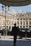 Entrée du Ritz-Hotel, place Vendome, Paris, 2007.<br /> Voiturier at the entrance of Hotel Ritz Paris, France.