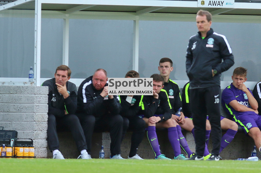 Hibs bench looks deflated as sons go 2-1 up<br /> <br /> <br /> <br /> <br /> <br /> <br /> (c) Andy Scott | SportPix.org.uk