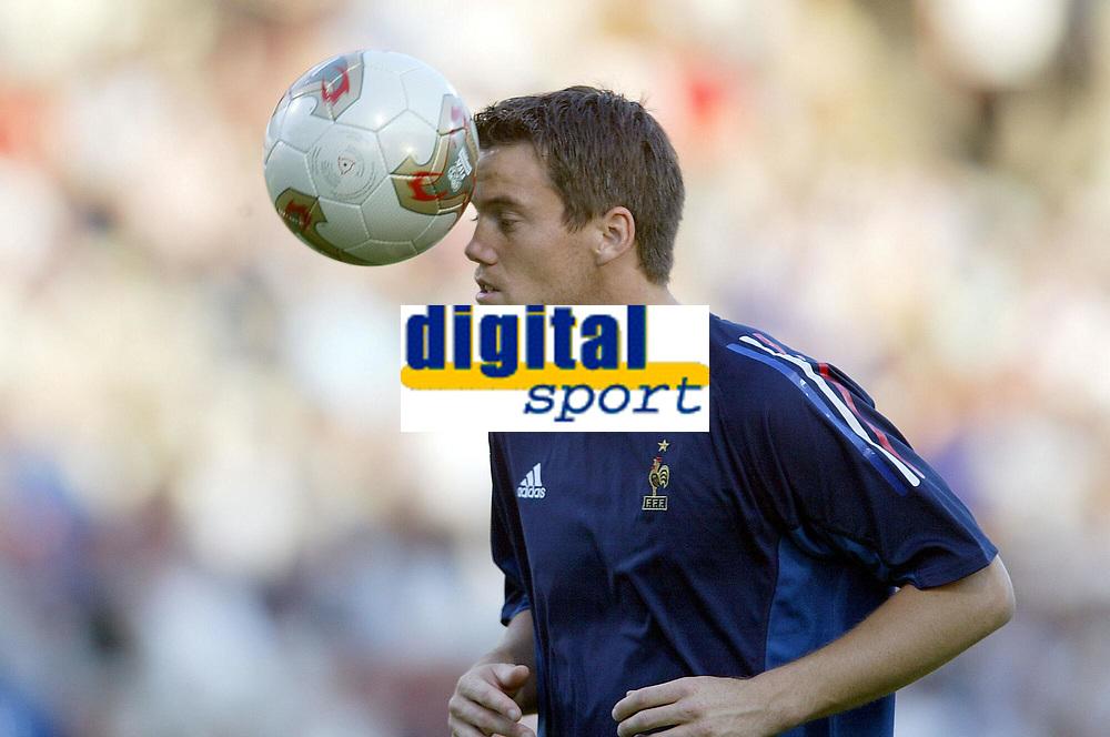 FOOTBALL - CONFEDERATIONS CUP 2003 - GROUP A - 030618 - FRANKRIKE v COLOMBIA - MICKAEL LANDREAU (FRA) - PHOTO JEAN-MARIE HERVIO / DIGITALSPORT