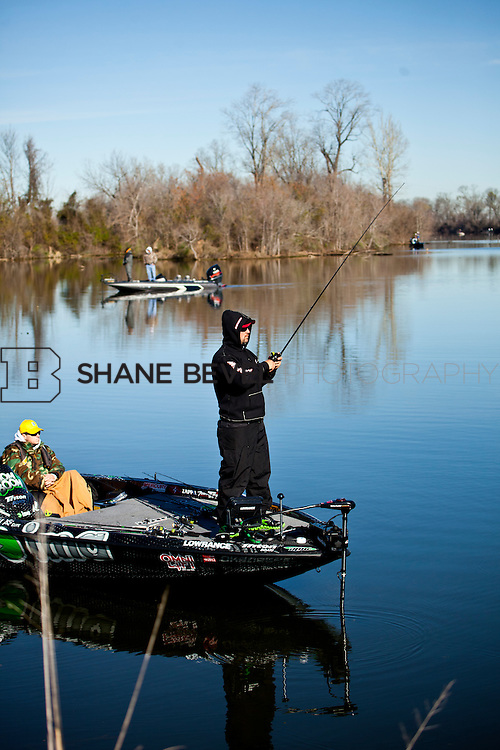 2/25/12 10:31:39 AM -- during the 2012 Bassmaster Classic on the Red River in Shreveport, La. ..Photo by Shane BevelFred Roumbanis of Bixby, Okla. fishes on the Red River