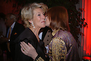 Duchess of Marlborough and Mrs. Jackie Stewart. Cartier party to celebrate the Blooming of a precious jewel. the Orangery. Kensington Palace. London.  25 October 2005. October 2005. ONE TIME USE ONLY - DO NOT ARCHIVE © Copyright Photograph by Dafydd Jones 66 Stockwell Park Rd. London SW9 0DA Tel 020 7733 0108 www.dafjones.com