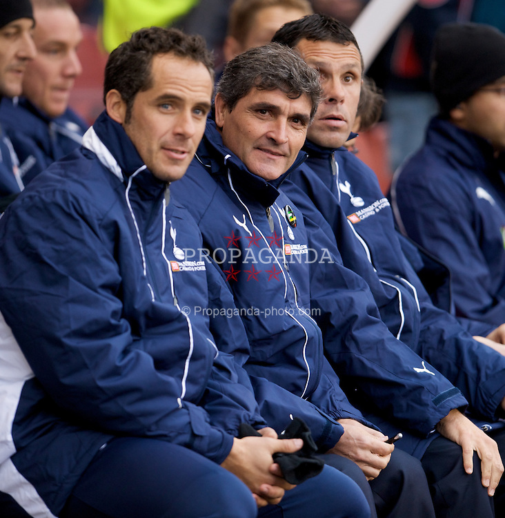 STOKE, ENGLAND - Sunday, October 19, 2008: Tottenham Hotspur's manager Juande Ramos before the Premiership match against Stoke City at the Britannia Stadium. (Photo by David Rawcliffe/Propaganda)