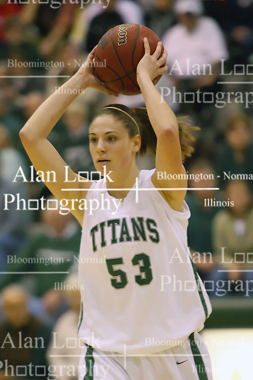 10 January 2009: Christina Solari. The Lady Titans of Illinois Wesleyan University downed the and Lady Thunder of Wheaton College by a score of 101 - 57 in the Shirk Center on the Illinois Wesleyan Campus in Bloomington Illinois.