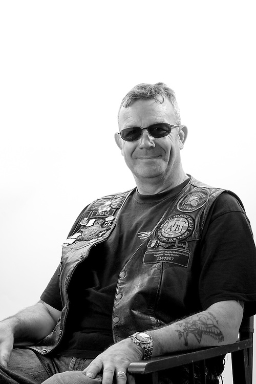 Pil Damant, RAF, 1979-2005, Sgt, Gen Tech GSE, Northern Ireland, Falkland Islands.  Phill is the vurrent Chairman of the 'Armed Forces Bikers' charity www.armedforcesbikers.co.uk