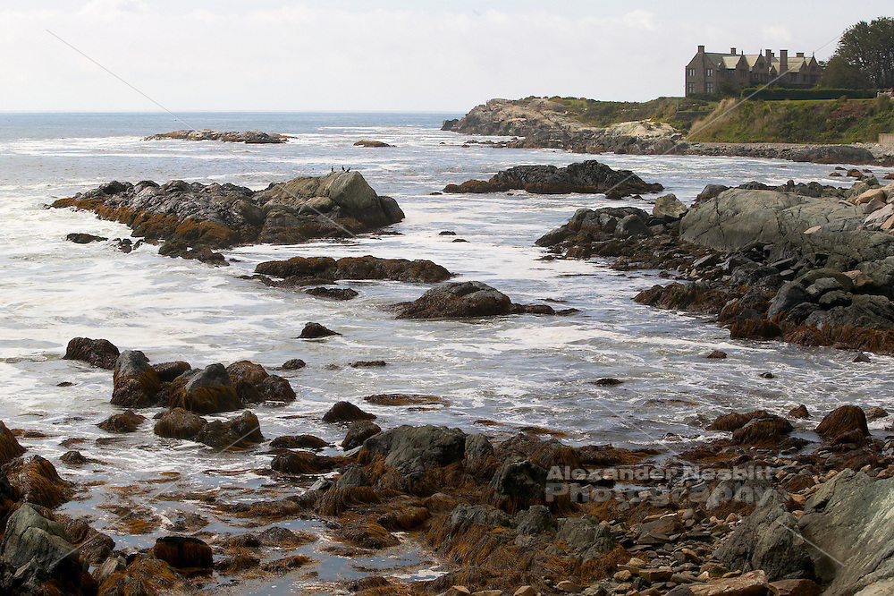 USA, Newport, RI - Cliffwalk with view south toward Rough point