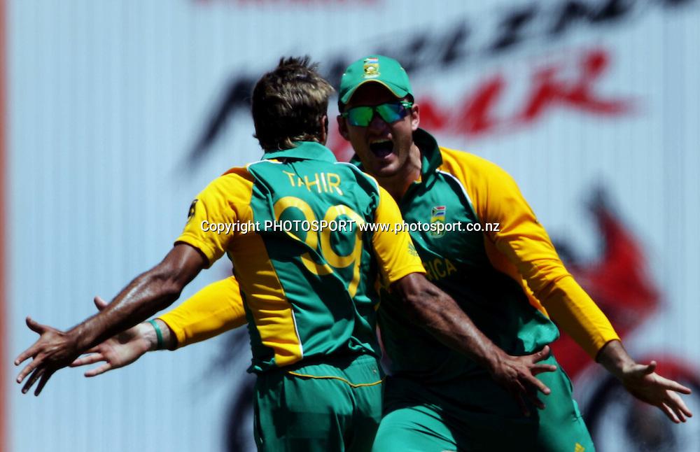Graeme Smith and Imraan Tahir celebrate. ICC Cricket World Cup 2011. Africa v England. MA Chidambaram Stadium, Chepauk, Chennai, 6 March 2011. Photo: photosport.co.nz