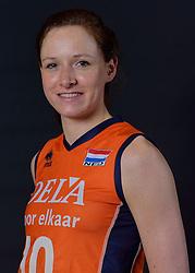 22-05-2015 NED: Selectie Nederlands Volleybalteam vrouwen 2015, Arnhem<br /> Op Papendal werd de photoshoot met de Nederlandse Volleybal vrouwen gedaan / Lonneke Sloetjes #10