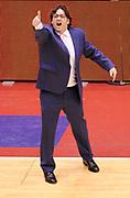 DESCRIZIONE : Milano Coppa Italia Final Eight 2013 Ottavi di Finale Pallacanestro Cantu' Acea Roma<br /> GIOCATORE : Coach Andrea Trinchieri<br /> CATEGORIA : Coach Directory Fair Play Esultanza<br /> SQUADRA : Pallacanestro Cantu'<br /> EVENTO : Beko Coppa Italia Final Eight 2013<br /> GARA : Pallacanestro Cantu' Acea Roma<br /> DATA : 07/02/2013<br /> SPORT : Pallacanestro<br /> AUTORE : Agenzia Ciamillo-Castoria/A.Giberti<br /> Galleria : Lega Basket Final Eight Coppa Italia 2013<br /> Fotonotizia : Milano Coppa Italia Final Eight 2013 Ottavi di Finale Pallacanestro Cantu' Acea Roma<br /> Predefinita :