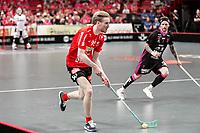 2019-04-27 |Stockholm | Storvreta IBK (92) Alexander Rudd and IBF Falun (7) Rasmus Enström during the Final Game in SSL Floorball between Storvreta IBK and IBF Falun at Globen Arena. (Photo by: Daniel Carlstedt | Swe Press Photo).