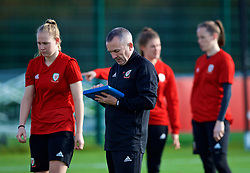 NEWPORT, WALES - Tuesday, November 6, 2018: Wales' goalkeeping coach Jon Horton with goalkeepers Emma Gibbon, Laura O'Sullivan and Claire Skinner during a training session at Dragon Park ahead of two games against Portugal. (Pic by Paul Greenwood/Propaganda)