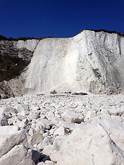APR 10 2013 Cliff fall on the White Cliffs of Dover