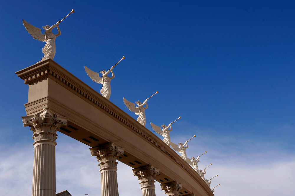 USA Nevada Las Vegas Caesars Palace Casino und Hotel Las Vegas Boulevard  The Strip Nachtleben shopping Touristen Tourismus (Farbtechnik sRGB 34.74 MByte vorhanden) Geography / Travel .