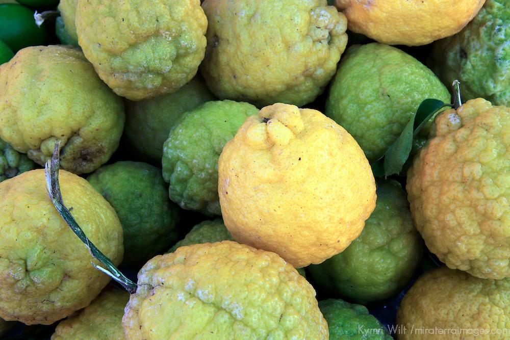 Americas, Caribbean, St. Lucia, Castries. Fresh citrus.