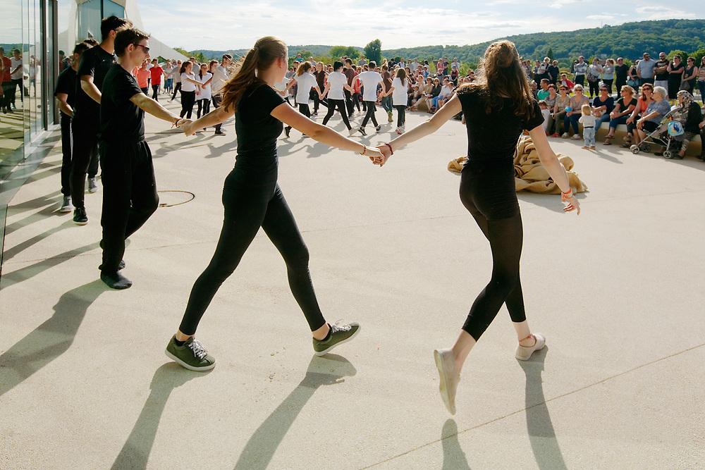 """""""Danse et art pariétal"""""""
