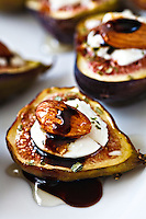 Figs with goat cheese, almond and honey