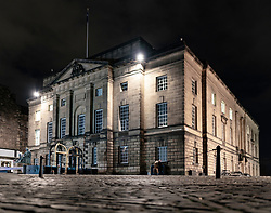 Night view of High Court in Edinburgh on the Royal Mile, Edinburgh, Scotland, UK