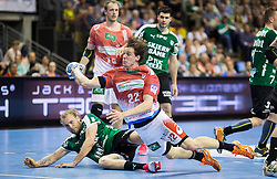 Berlin, Deutschland, 16.05.2015:<br /> Handball EHF Pokal Halbfinale Spiel 1 2014 / 2015 - Skjern Handbold - HSV Hamburg - EHF CUP Finals 2014/15.<br /> <br /> Kentin Mahe (HSV #22) im - Henrik Moellgaard Jensen (Skjern Handbold #6) *** Local Caption *** &copy; pixathlon
