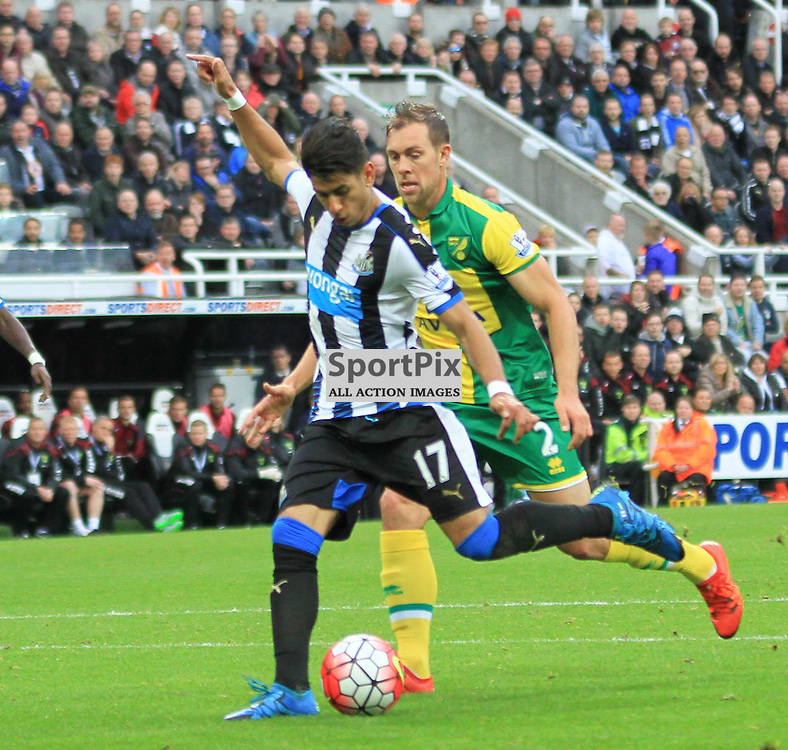 Newcastle United V Norwich City Premier League 18th October 2015; Ayoze Perez (Newcastle, 17) takes a shot  during the Newcastle V Norwich match, played at St. James Park, Newcastle.