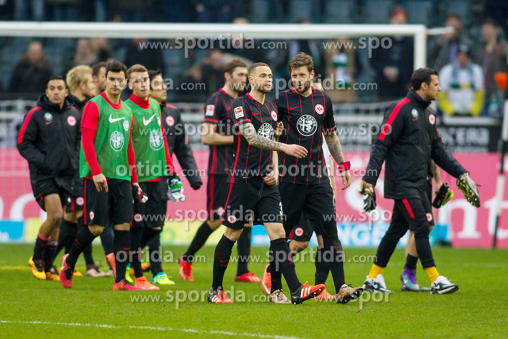 12.03.2016, Stadion im Borussia Park, Moenchengladbach, GER, 1. FBL, Borussia Moenchengladbach vs Eintracht Frankfurt, 26. Runde, im Bild Marco Russ (Eintracht Frankfurt #4) diskutiert mit Luc Castaignos (Eintracht Frankfurt #30) // during the German Bundesliga 26th round match between Borussia Moenchengladbach and Eintracht Frankfurt at the Stadion im Borussia Park in Moenchengladbach, Germany on 2016/03/12. EXPA Pictures &copy; 2016, PhotoCredit: EXPA/ Eibner-Pressefoto/ Sch&uuml;ler<br /> <br /> *****ATTENTION - OUT of GER*****