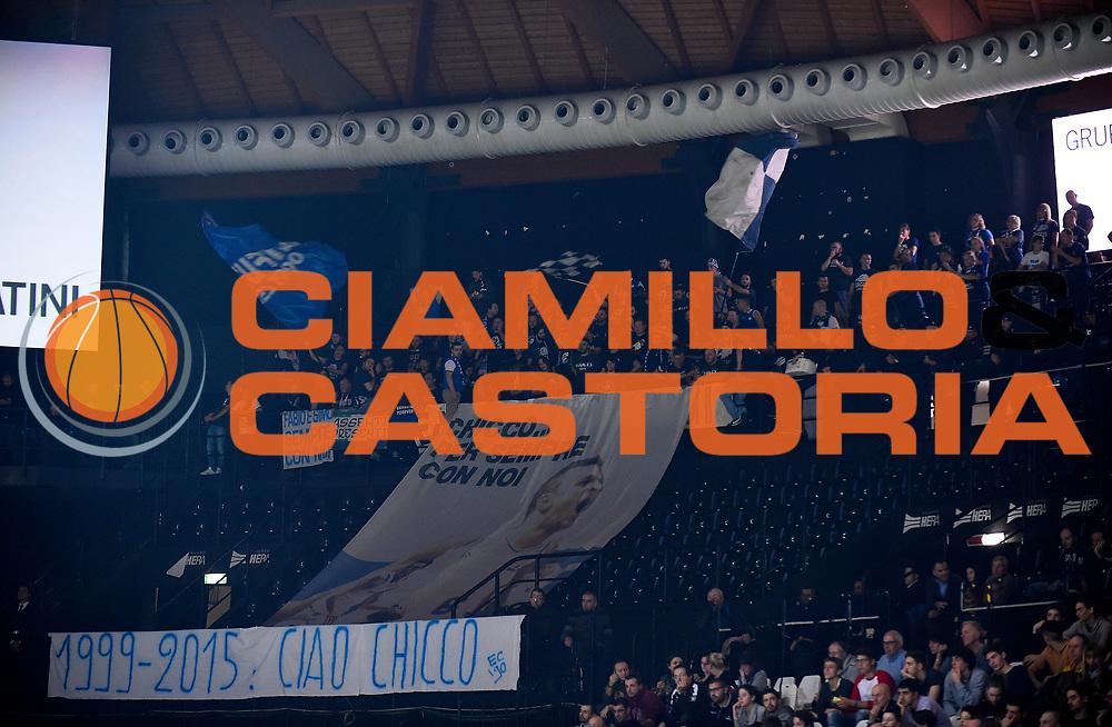 DESCRIZIONE : Casalecchio di Reno (BO) Campionato Lega A 2015-16 Obiettivo Lavoro Virtus Bologna Acqua Vitasnella Cantu'<br /> GIOCATORE :<br /> CATEGORIA : Ultras Tifosi Spettatori Pubblico Eagles Cantu'<br /> SQUADRA : Acqua Vitasnella Cantu'<br /> EVENTO : Campionato Lega A 2015-16<br /> GARA : Obiettivo Lavoro Virtus Bologna Acqua Vitasnella Cantu'<br /> DATA : 23/12/2015<br /> SPORT : Pallacanestro <br /> AUTORE : Agenzia Ciamillo-Castoria/A.Giberti<br /> Galleria : Campionato Lega A 2015-16  <br /> Fotonotizia : Casalecchio di Reno (BO) Campionato Lega A 2015-16 Obiettivo Lavoro Virtus Bologna Acqua Vitasnella Cantu'<br /> Predefinita :
