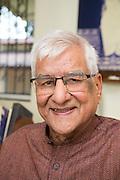 Shri.O. P. Tiwari at Kaivalyadhama, Lonavla, Maharashtra, Indien.