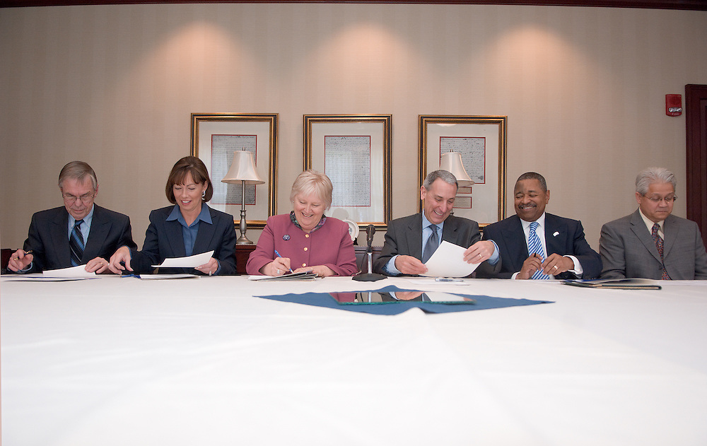 Left to right:.. Rio Grande President Herman Koby,Southern State Community College President Sherry Stout,Shawnee State University President Rita Rice Morris, Eric Fingerhut, chancellor of the Ohio Board of Regents,  Ohio University President Roderick J. McDavis, and Dan Evans,Executive Dean Of Regional Campuses...Press release:.....4/29/08..MEDIA ADVISORY..Ohio University to host Thursday signing of memorandum of understanding for new Higher Education Consortium of Southern Ohio..ATHENS, Ohio (April 29, 2008) ? Ohio University will host the signing of a memorandum of understanding that will create the Higher Education Consortium of Southern Ohio at noon, Thursday, May 1, in the Baker University Center President's Dining Room (located on the fourth floor). Media members are encouraged to attend the signing...The memorandum will make official the agreement between Eric Fingerhut, chancellor of the Ohio Board of Regents, and the five signatory institutions, Ohio University-Chillicothe, Ohio University-Southern, Rio Grande Community College, Shawnee State University and Southern State Community College, to form the HECSO for the purpose of increasing the number of southern Ohio residents attending postsecondary institutions and pursuing bachelor's degrees...The consortium was formed as a result of Fingerhut asking the leaders of the higher education institutions in a 15-county region in southern Ohio to find ways to support the University System of Ohio's goal of expanding college enrollment, improving graduation rates and expanding the impact of higher education on economic development. The 15 counties include: Adams, Athens, Brown, Clinton, Fayette, Gallia, Highland, Hocking, Jackson, Lawrence, Meigs, Pike, Ross, Scioto and Vinton...Scheduled attendees include Fingerhut, Ohio University President Roderick J. McDavis, Rio Grande President Herman Koby, Shawnee State University President Rita Rice Morris and Southern State Community College President Sherry Stout.