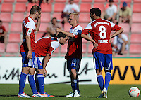 FUSSBALL  DFB POKAL        SAISON 2012/2013 SpVgg Unterchaching - 1. FC Koeln  18.08.2012 Manuel Fischer, Sascha Bigalke, Yasin Yilmaz (v. li., Unterhaching)