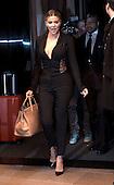 Khloe Kardashian leaves hotel