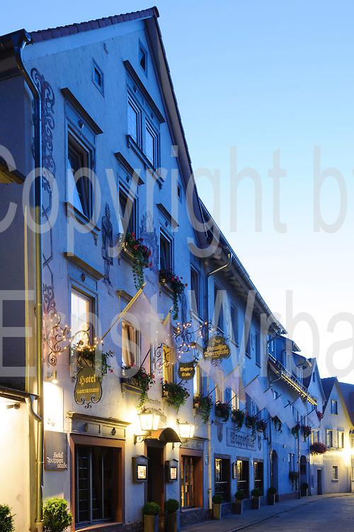 Hotel Wappenstube, Dämmerung, Eberstadt, Odenwald, Naturpark Bergstraße-Odenwald, Hessen, Deutschland   Hotel Wappenstube, dusk, Eberstadt, Odenwald, Hesse, Germany
