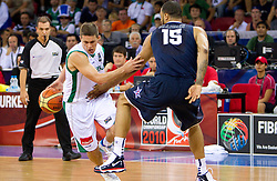 Jaka Lakovic of Slovenia vs Tyson Chandler of USA during to the Preliminary Round - Group B basketball match between National teams of USA and Slovenia at 2010 FIBA World Championships on August 29, 2010 at Abdi Ipekci Arena in Istanbul, Turkey.  (Photo by Vid Ponikvar / Sportida)