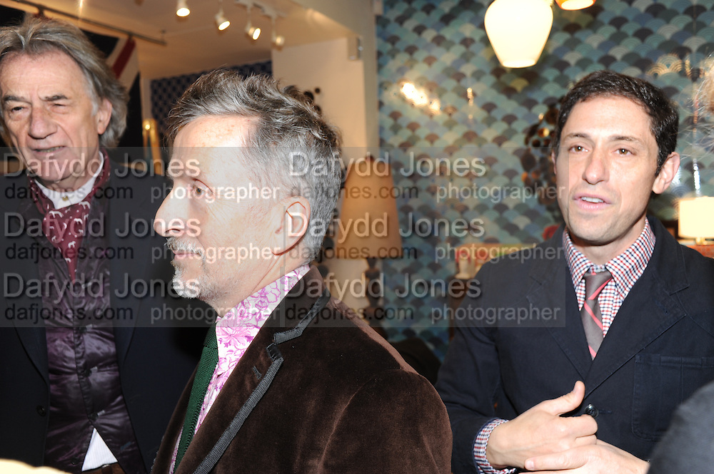 SIR PAUL SMITH; SIMON DOONAN; JONATHAN ADLER, Jonathan Adler Store opening. Sloane St. London. 16 November 2011. <br /> <br />  , -DO NOT ARCHIVE-© Copyright Photograph by Dafydd Jones. 248 Clapham Rd. London SW9 0PZ. Tel 0207 820 0771. www.dafjones.com.