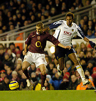 Photo: Leigh Quinnell.<br /> Arsenal v Portsmouth. The Barclays Premiership.<br /> 28/12/2005. Portsmouths John Viafara challenges Arsenals Mathieu Flamini.