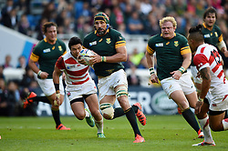 Victor Matfield of South Africa goes on the attack - Mandatory byline: Patrick Khachfe/JMP - 07966 386802 - 19/09/2015 - RUGBY UNION - Brighton Community Stadium - Brighton, England - South Africa v Japan - Rugby World Cup 2015 Pool B.