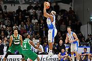 DESCRIZIONE : Beko Legabasket Serie A 2015- 2016 Dinamo Banco di Sardegna Sassari - Sidigas Scandone Avellino <br /> GIOCATORE : Josh Akognon<br /> CATEGORIA : Tiro Tre Punti Three Point Controcampo<br /> SQUADRA : Dinamo Banco di Sardegna Sassari<br /> EVENTO : Beko Legabasket Serie A 2015-2016 <br /> GARA : Dinamo Banco di Sardegna Sassari - Sidigas Scandone Avellino <br /> DATA : 28/02/2016 <br /> SPORT : Pallacanestro <br /> AUTORE : Agenzia Ciamillo-Castoria/C.Atzori