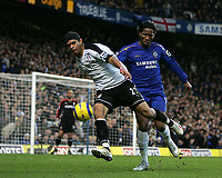Photo: Lee Earle.<br /> Chelsea v Fulham. The Barclays Premiership. 26/12/2005. Fulham's Dean Leacock (F) gets ahead of Didier Drogba.
