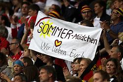 30.06.2011, Commerzbank Arena, Frankfurt, GER, FIFA Women Worldcup 2011, Gruppe A, Deutschland (GER) vs. Nigeria (NGA), im Bild .deutsche Fans halten ein Plakat mit der Aufschrift - Sommer-Mädchen Wir lieben Euch .// during the FIFA Women Worldcup 2011, Pool A, Germany vs Nigeria on 2011/06/30, Commerzbank Arena, Frankfurt, Germany.  EXPA Pictures © 2011, PhotoCredit: EXPA/ nph/  Karina Hessland       ****** out of GER / CRO  / BEL ******
