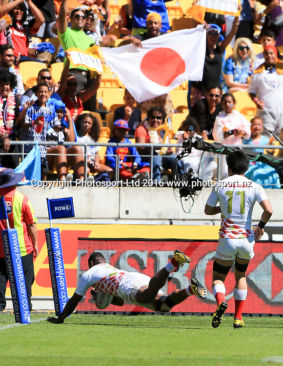 Japan's Lote Tuqiri has a golden point try disallowed after he dived into the end zone without grounding the ball against Scotland, Finals Day, HSBC World Sevens Series, Westpac Stadium, Wellington, New Zealand. Sunday, 31 January, 2016. Copyright photo: John Cowpland / www.photosport.nz