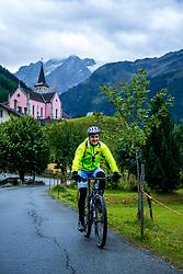 13-09-2017 SUI: BvdGF Tour du Mont Blanc day 5, Champex<br /> Deze etappe wordt volledig in Zwitserland verreden en bevat enkele mooie trails. We eindigen bergop waar er in Champex werd overnacht. Manu