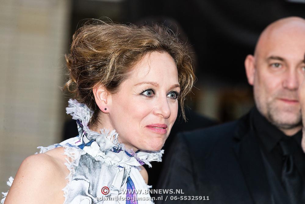 NLD/Utrecht/20160921- inloop Openingsavond NFF 2016: premiere DE HELD, Karina Smulders