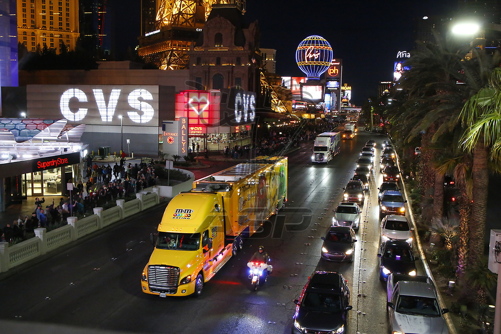 March 01, 2018 - Las Vegas, Nevada, USA: The Monster Energy NASCAR Cup Series teams take to the track for the Pennzoil 400 at Las Vegas Motor Speedway in Las Vegas, Nevada.