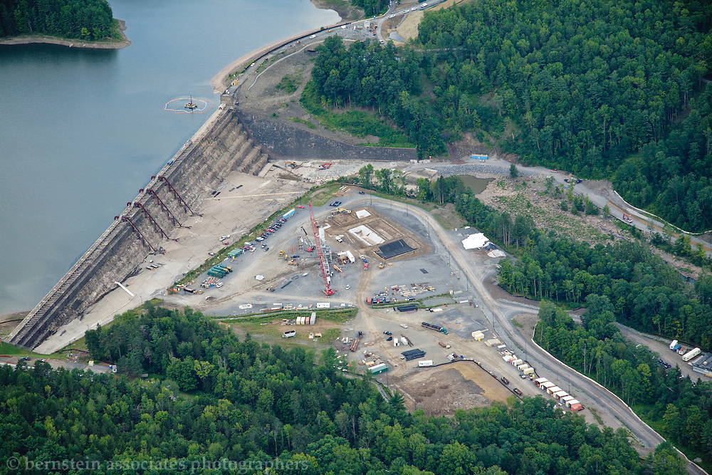 NYC DEP CAT-212B / PROJECT 212B Aerial view of Gilboa Dam reconstruction.