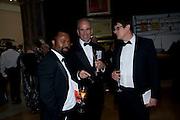BEN OKRI; SANDY NAIRNE; ALAN RUSBRIDGER, Annual Dinner. Royal Academy of Arts. Piccadilly. London. 8 June 2010. -DO NOT ARCHIVE-© Copyright Photograph by Dafydd Jones. 248 Clapham Rd. London SW9 0PZ. Tel 0207 820 0771. www.dafjones.com.
