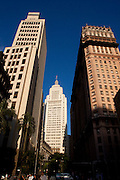 Sao Paulo_SP, Brasil...Edificio Altino Arantes e o Edificio Martinelli em Sao Paulo...The Altino Arantes building and Martinelli building in Sao Paulo...Foto: MARCUS DESIMONI / NITRO