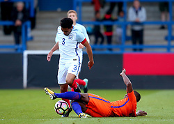 Jay Dasilva of England Under 20s goes past Juninho Bacuna of Netherlands Under 20s - Mandatory by-line: Robbie Stephenson/JMP - 31/08/2017 - FOOTBALL - Telford AFC - Telford, United Kingdom - England v The Netherlands - International Friendly