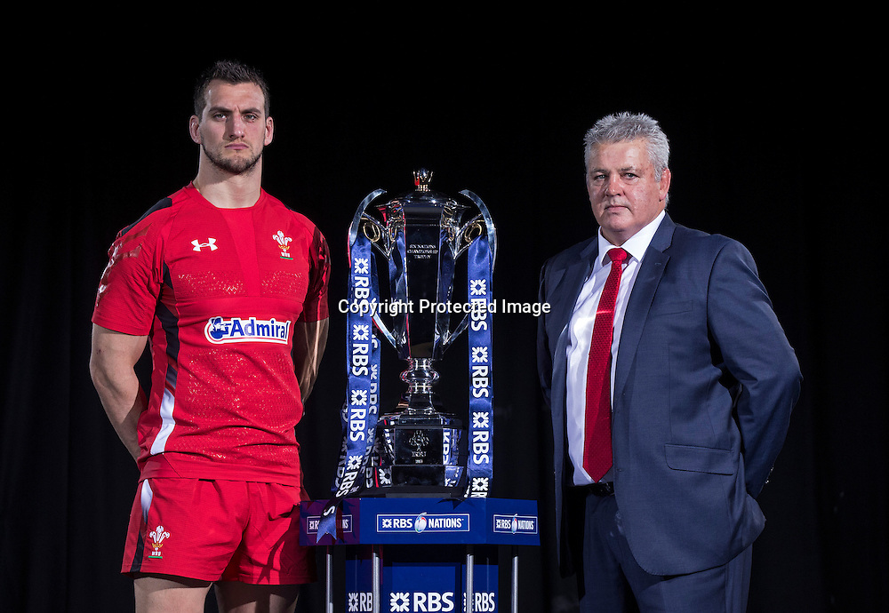 REPRO FREE***PRESS RELEASE NO REPRODUCTION FEE*** <br /> 2015 RBS 6 Nations Rugby Championship Launch, The Hurlingham Club, Ranelagh Gardens, London 28/1/2015<br /> Wales captain Sam Warburton with Wales head coach Warren Gatland<br /> Mandatory Credit &copy;INPHO/James Crombie