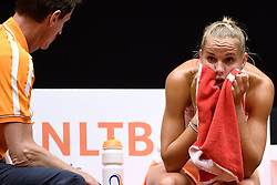 18-04-2015 NED: Fed Cup Nederland - Australie, Den Bosch<br /> Op het gravelcourt van de Maaspoort speel Nederland voor een ticket naar de wereldgroep / Arantxa Rus verliest de tweede partij waardoor het stand weer gelijk is 1-1.